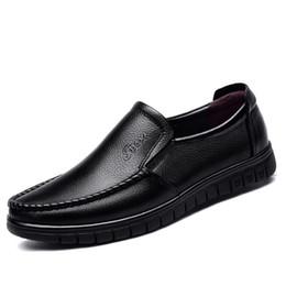 Chaussures en cuir hommes marque chaussures antidérapantes semelle épaisse mode chaussures de sport hommes de haute qualité mocassins en peau de vache ? partir de fabricateur