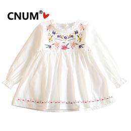 Diseños de vestido de una pieza online-CNUM Girls One Piece Dress 2019 Kids Fashion bordado Top vestido con diseño floral Princesa algodón ropa para niña