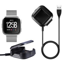 Stations de batteries en Ligne-Pour Fitbit versa Chargeur Chargeur de rechange Câble d'alimentation USB Station de chargement pour stations d'accueil pour Fitbit versa Smart Fitness