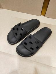 новые мужские тапочки Скидка С коробкой 19ss новое поступление роскошный дизайнер париж с учетом сандалии мода мужчины женщины ползунки летние пляжные тапочки уличная обувь 35-45