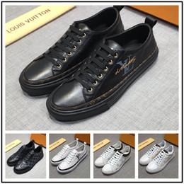 1a758c586c850 Vente en gros de chaussures de sport pour hommes Importé en toile avec motif  de décoration animale confortable respirant hommes en solde