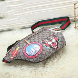 Yeni Erkek Tasarımcı Bel Çantası Unisex Lüks Çanta ile Kaplan Baskılı Fannypack Deisgner Göğüs Çanta Kadınlar için Yeni Varış # 0608 cheap chest mens bag nereden göğüs mens çantası tedarikçiler