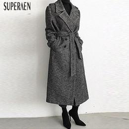 2bda40fb1851 SuperAen 2018 Winter Neue Frauen Wollmantel Koreanischen Stil Wilde Lässige  Mode Damen Wollmantel Dicke Lange Frauen Kleidung koreanische kleidung für  damen ...