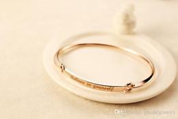 New Inspirational bracelets gros china simple croire en vous-même alphabet anglais bracelet mode rose or titane bijoux ? partir de fabricateur