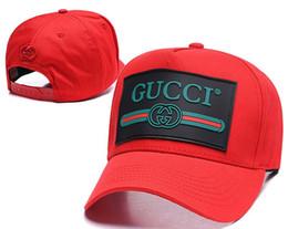 chapeaux à cône Promotion 2019 Luxe G G Italie Designer marque Guc mens chapeaux casquettes de baseball dame de mode chapeau camionneur casquette femmes causal ball cap 14