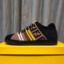 Direkte fabrikverkauf schuhe online-Europäische handgefertigte Schuhe der Qualitätsmannschaft flache beiläufige Schuhe 38-45 der Art und Weise beschuht Fabrik Direktverkauf freies Verschiffen