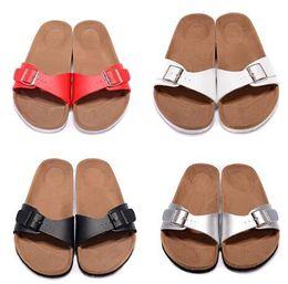 ajuste interior Desconto 2019 homens mulheres streetwear Chinelos, Top Comfort cuidadosamente construídos com materiais, longevidade criando o ajuste perfeito, homens online sandálias