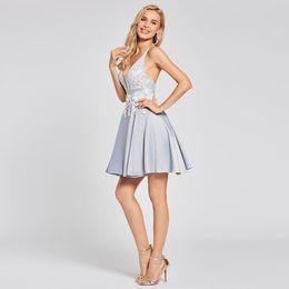 Оптовая серебряное платье для коктейля дешевые v образным вырезом без рукавов платье выпускного вечера от