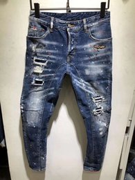 machen jeans löcher Rabatt SS19 NEW Sommer DT57-65 Bikerjeans Typ Skinny Button Fly Herrenjeans Micro-Stretch Denim Desinger Slim Fit Machen Sie schäbige Löcher oben