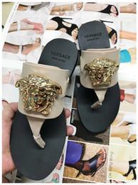 sandali inferiori spessi marroni Sconti New fashion selvaggio antiscivolo medusa appartamenti scarpe sexy confortevole tendenza in pelle di lusso appartamenti sandali Taglia 35-40 numero: 508