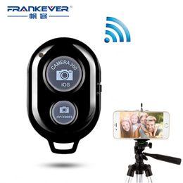 2019 timer remoto FrankEver Bluetooth Self-timer Wireless Mini Remote Control Fai un lavoro fotografico con IOS Android sconti timer remoto
