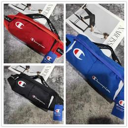 Мужская дизайнерская сумка через плечо бренда Champions Fanny Pack с поясом Prime Logo Sling Роскошная мини-сумка для путешествий на открытом воздухе Сумка T62 cheap brand sling bags от Поставщики фирменные сумки