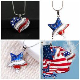 patriotische anhänger Rabatt Amerikanische Flagge USA Charme Halskette Anhänger Mit Kristall Herz / Sternform Hängende Halsketten Für Patriotische Frauen Mädchen Schmuck LJJJ105
