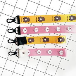 Telefones celulares de cor amarela on-line-2019 Novo Bonito Urso Marrom Celular Strap Pulseira de Pulso ID Titular IDENTIFICAÇÃO de Cor Amarela Pescoço Chave Saco de Chave Acessórios Presentes - SWK