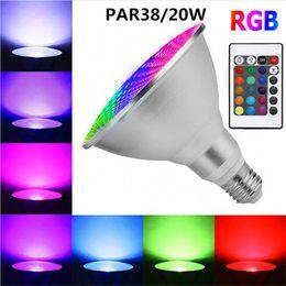 cambio de color de escenario bombilla led Rebajas E27 PAR38 Foco LED Regulable RGB Bombilla Escenario mágico 20W Cambio de color lámpara de bombilla Luz de inundación con control remoto