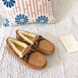 Luxus Frauen Stiefel Australien Marke Pelz Doug Schuhe Herren Suede Loafers Winter warme Fuzzy Schnee Aufladungen Damen Boden Driving Schuhe