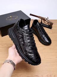 los mejores zapatos italianos Rebajas 2019 Nuevo diseñador de la marca italiana, hombres y mujeres top Zapatillas guiseppes remache de cuero real recreativo zapato de arena zapatillas de deporte xg18091422