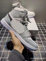 Новые релизы макияжа онлайн-высокое качество 2020 новый релиз 1 OG Высокий макияж х женщин Mens Basketball обувь с коробкой Серый Белый кристаллический нижней кроссовки Размер 5,5 ~ 12