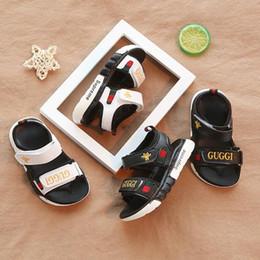2019 sandalias baby boy nuevas Nueva moda cómodo bebé sandalias niño verano playa sandalia niños zapatillas de deporte suave y transpirable bebé niños niñas niño zapatos sandalias baby boy nuevas baratos