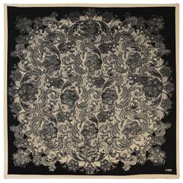 New Silk Scarf Women Square Sciarpe Wraps Spagna Cashew Classic stampa in bianco e nero Neckerchief Female Silk Hijab Lady Bufandas 100cm * 100cm cheap ladies white silk scarf da sciarpa di seta bianca delle signore fornitori