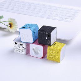 Cubo de jogador on-line-Mini speaker cartão de som externo mp3 water cube 7 luzes de cor externo mp3 player walkman