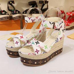 Femmes Compensées Sandales Plus La Taille Talons Hauts, Chaussures D'Été Pompes Chaussures Femme Plateforme Sandales Noir et Blanc Rouge ? partir de fabricateur