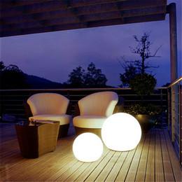 2020 decoração piso lâmpadas Bola de LED Candeeiros Modern PVC Abajur Home Decor lâmpada Permanente de Iluminação Lâmpadas Sala exterior Lampadaire De Salon de cabeceira decoração piso lâmpadas barato