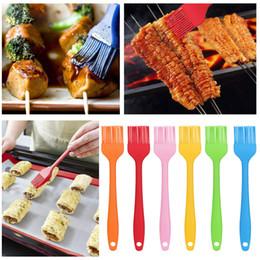 spazzola di silicone Sconti Pennello per pane al silicone BBQ Cottura per barbecue Strumenti per cucina fai da te Pennello per gel di silice integrato di piccole dimensioni
