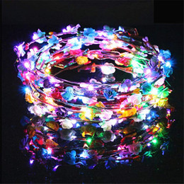 Rave party zubehör online-Blinkende LED Haarbänder Saiten Glow Flower Crown Stirnbänder Light Party Rave Floral Haargirlande Luminous Wreath Haarschmuck