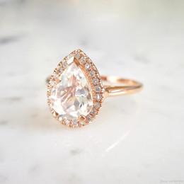 Toca no casamento on-line-Nova gota de água Europeu e Americano em forma de pêra diamante anel de noivado das senhoras Adequado para ocasiões de casamento personalizado 18k rose gold c