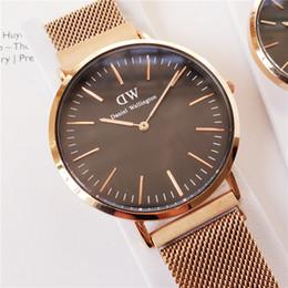 Montres de luxe vente chaude montres de luxe femmes montres mouvement à quartz Original DVV montre-bracelet Magnétique bracelet automatique montres multicolores choisir ? partir de fabricateur