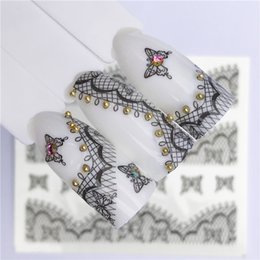 Desenhos de laço de tatuagens on-line-25 Designs Lace Flower Nail Sticker Decalque Transferência De Água Branco Preto Dicas Mulheres Tatuagens Maquiagem 2019 Verão Novo Design