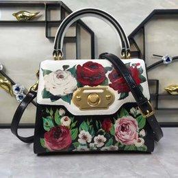 Rosas individuales online-Rosas con flores de peonía, bolsos impresos, un solo hombro apoyado en los bolsos.