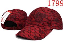 1a10e14c93972 2019 Lujo Unisex Primavera Otoño Denim Snapback Marca Gorra de béisbol  Carta para Hombre mujer Moda Deporte fútbol diseñador hueso casquette Hat