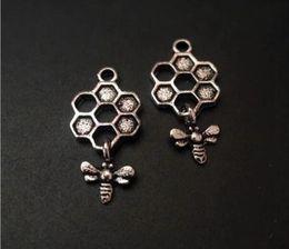 2019 colgante de nido de abeja Lindo Honeycomb Charms Beehive Honey Bee Fashion Alloy Honeycomb Bee Charm Collar Pulsera Fabricación de joyas rebajas colgante de nido de abeja