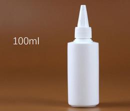 shampooings bouchons Promotion Bouteille vide en plastique d'ANIMAL FAMILIER blanc 100ml avec de longues bouteilles rechargeables de shampooing cosmétique de chapeau de bec de buse
