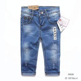 2019 broderie bébé jeans Nouveau-né bébé garçon enfants vêtements Designer enfants garçons filles fille pantalon jeans enfants pantalons imprimer broderie haute qualité mode jeans C-01 broderie bébé jeans pas cher