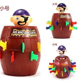 2019 tio juguetes Wood Uncle Pirate Barrel Tricky Pirates Crisis Barrels Party Game Toys Venta caliente con varios tamaños 10 9yj J1 tio juguetes baratos