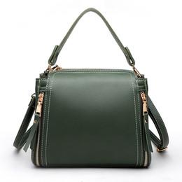 2019 borsa lunga della cinghia della spalla Borse di lusso Borse da donna Designer Crossbody Messenger Bags Borsa piccola secchiello femminile con tracolla lunga borsa lunga della cinghia della spalla economici