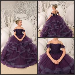 Vestidos saias garota on-line-2019 nova menina flor roxa escura vestidos de pescoço pura uma linha primeira comunhão santos vestidos ruffle saia menina pageant vestidos