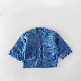maglioni per neonati Sconti 0-24 mesi Baby Sweater Infants ragazze ragazzi maglieria cappotto con tasche in hot toddlers surcoat maglia giacca all'uncinetto con bottoni in legno