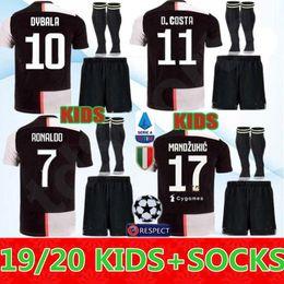 0aa2507587c ronaldo jersey jugend Rabatt Jugend Juventus Fußball Jersey Kids Kit  RONALDO 19 20 DYBALA PJANIC Marchisio