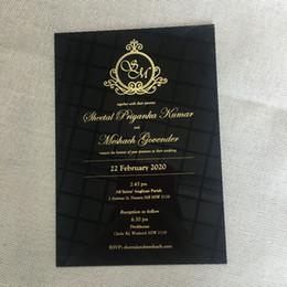 2019 разрабатывает элегантные свадебные приглашения 2019 фантазии элегантный персонализировать лазерная резка черный акриловый карты свадебные приглашения дизайн карты с различными цветными принтами дешево разрабатывает элегантные свадебные приглашения