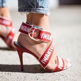 Hochhackiges schuhdruckgewebe online-Hot Luxury Schwarz Rot Druck Stretch Stoff Frauen High Heels Schuhe Spitzschuh Abdeckung Ferse Knöchel Schnalle Mary Janes Party Weibliche Stilettos