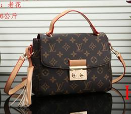 c82ab1bfa2cc LOUIS VUITTON crossbody messenger bags luxus handtaschen frauen  umhängetasche gutes leder muti farben famos marke taschen LV