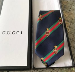 paquete de pajarita Rebajas 2019 Nueva corbata de moda de alta calidad 7.0cm hombres de lujo corbata top diseñador jacquard de seda pajarita, boda negocio corbata caja de regalo embalaje