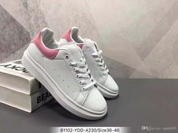 sapatos de festa baratos para mulheres Desconto 2019 Designer de luxo Mens Mulheres Tênis Baratos Melhor Qualidade Superior da Moda Sapatos de Plataforma de Couro Branco Plana Casual Sapatos de Festa de Casamento