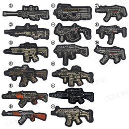 2019 großhandel weiße geschenk-tags 3D Gun Form Stickerei Cartoon Militär Moral Patch Sniper Tactical Emblem Abzeichen Applikationen Kampf Gestickte Patches