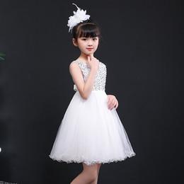 Çocuk resmi elbise resmi prenses elbise Kore versiyonu yelek örgü etek kız çiçek elbise anaokulu kostümleri nereden