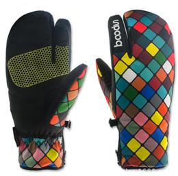 Зима клетчатый полиэстер дамы теплые перчатки открытый лыжные перчатки холодной водонепроницаемый толстые теплые перчатки бесплатная доставка от Поставщики кожаное освещение